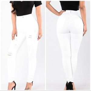 NWT Fashion Nova Hit The Freeway Jeans White 5